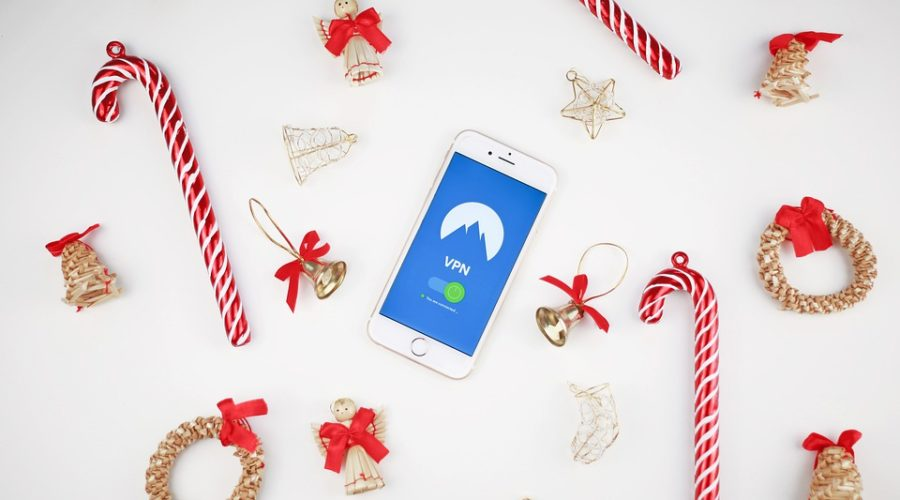 A holiday gift guide for Christmas and Hanukkah – Tech Edition