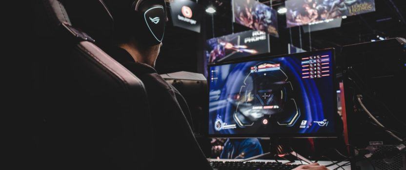 Gaming Laptops vs Gaming Desktops: Which One is Your Perfect Choice?